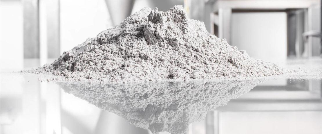 Mehr Effizienz durch weniger Reibung: Evonik entwickelt neue tribologisch modifizierte VESTAKEEP® PEEK Pulver für laserbasierte Pulververfahren.